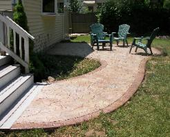random stone patio with border